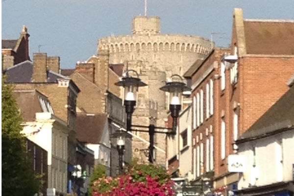 windsor shops and castle
