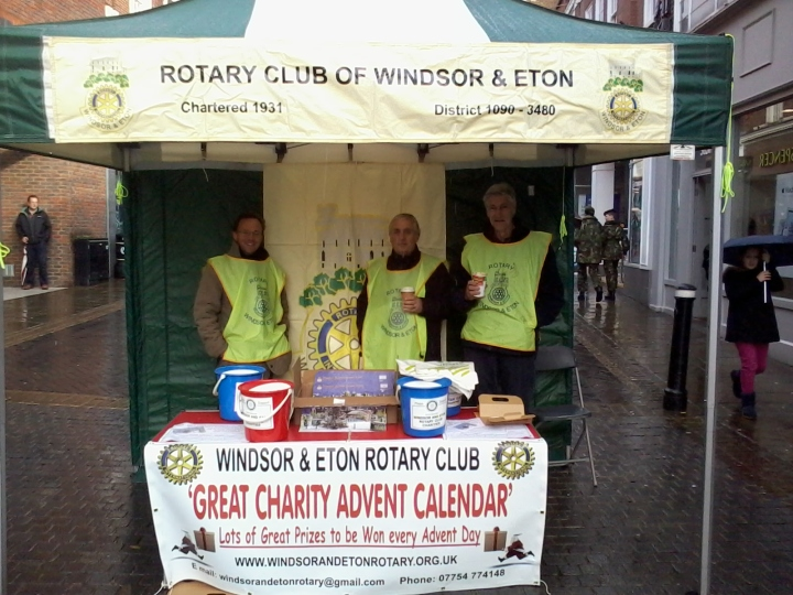 Rotarians selling Advent Calendars