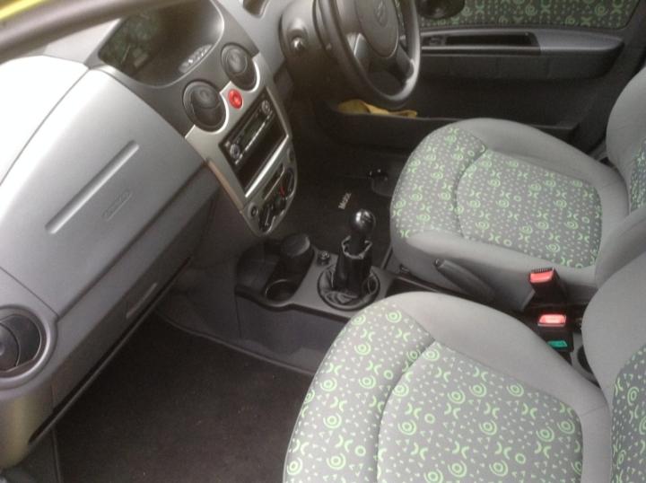 Chevrolet Matiz 5Dr Hatch 1 litre front seats