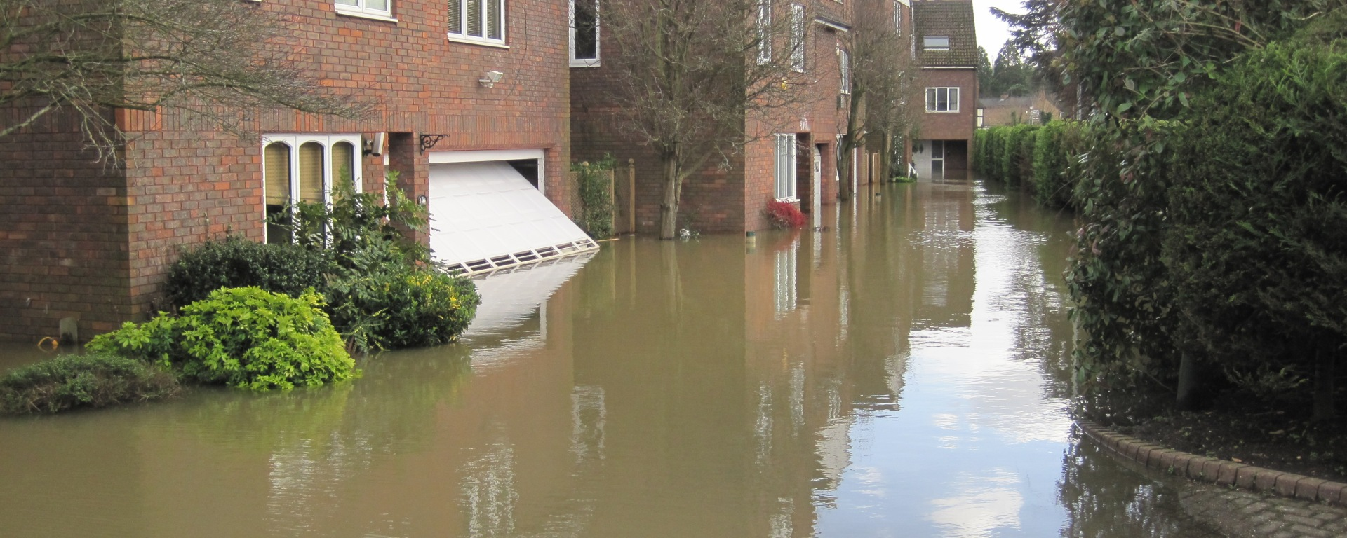 old windsor houses flooding