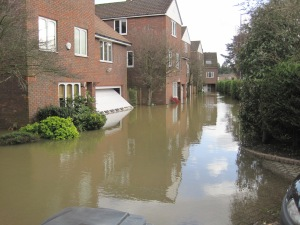 old windsor houses flooding