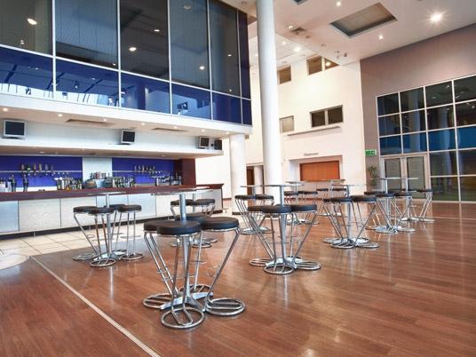 royal berkshire conference centre bar area