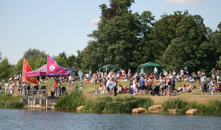dragon boat dorney lake 1