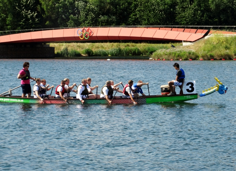 yolanda dragon boat in lane 3