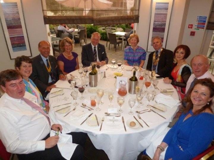 sir ian macfadyen farewell dinner table 1