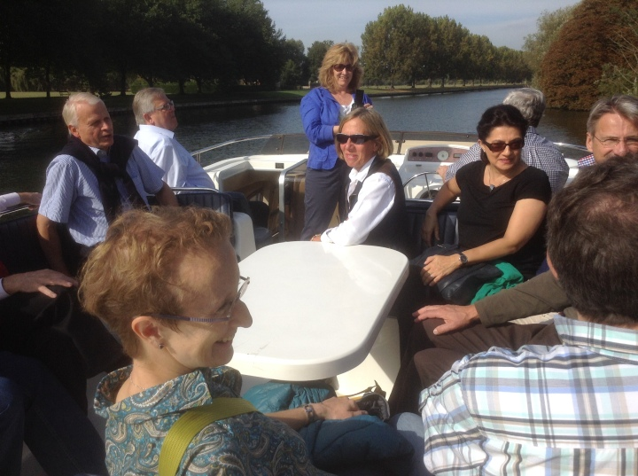 celle rotarians enjoy a boat trip