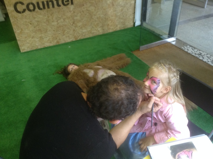 grassroots pop up shop maidenhead face painting