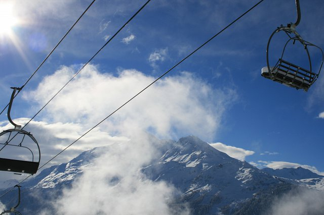 la-rosiere-ski-chalet-chairlifts