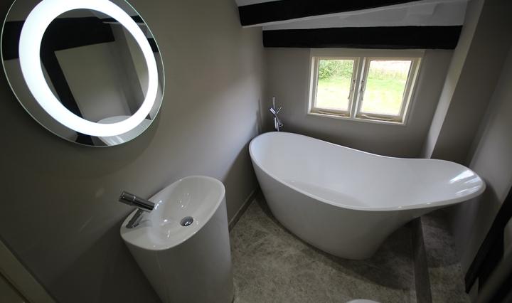 contemporary-bathroom-surrey